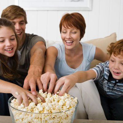 family-eating-popcorn